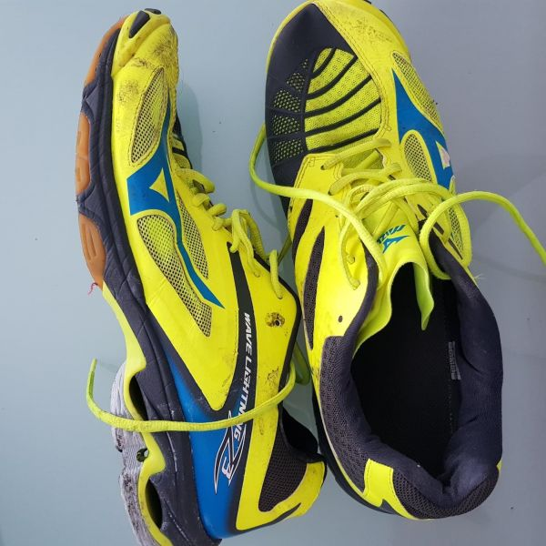 18-Mizuno-Wave-Lightning-Z3-46